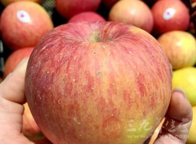 苹果什么时候吃最好 这几类人切记远离苹果
