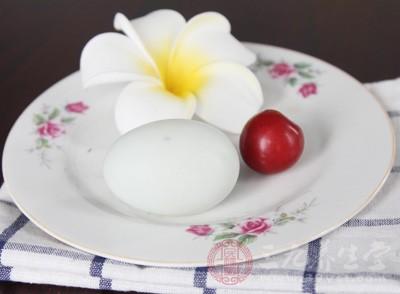鸭蛋怎么做好吃 吃鸭蛋有什么好处