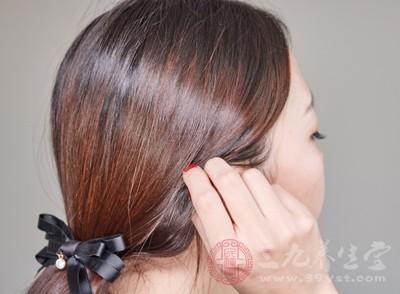 脱发的主要原因 经常脱发多是这些原因所致
