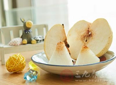 若疲劳而难以入睡者,不妨食用苹果、香蕉、橘、橙、梨等一类水果