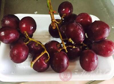 怀孕吃葡萄好吗 吃葡萄居然有这么多作用