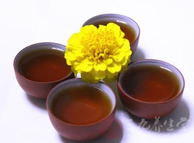 喝菊花茶有削减阳气之效,最好禁止食用
