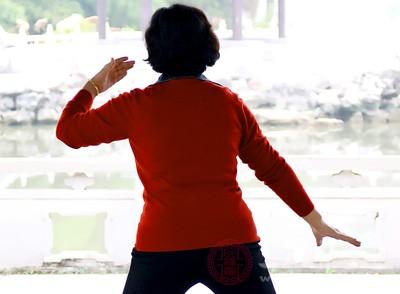 如果要锻炼最好听从医生的建议,循序渐进