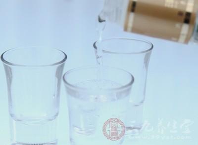 饮酒前依食用方法服用葛根粉少量