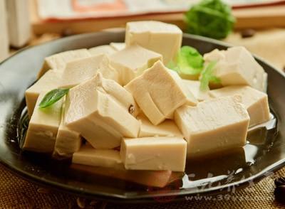 吃豆腐的好处 吃豆腐的注意事项有哪些