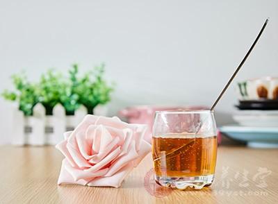 蜂蜜洗脸有什么好处 蜂蜜洗脸的方法有哪些