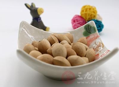 白果果仁同样含有多种营养元素