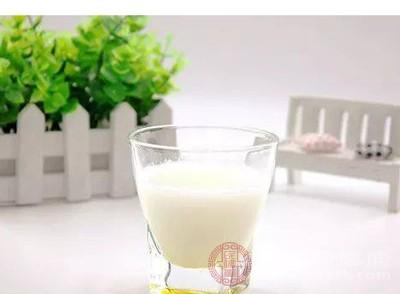 中国人均牛奶_旺仔牛奶图片