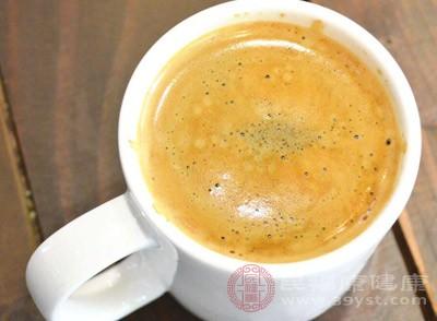 、咖啡里的咖啡因,可以抑制哮喘