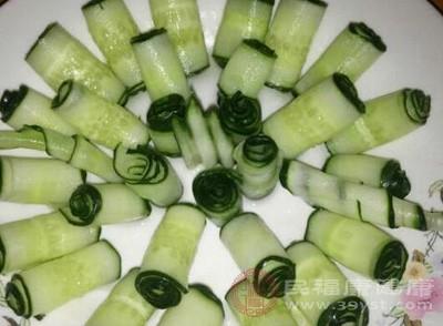 怎样腌黄瓜又脆又好吃 腌制的多种方法任你选