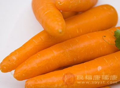 胡萝卜生吃好还是熟吃好 这样吃胡萝卜更有营养