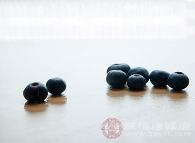 蓝莓的功效与作用 这类人千万别吃蓝莓