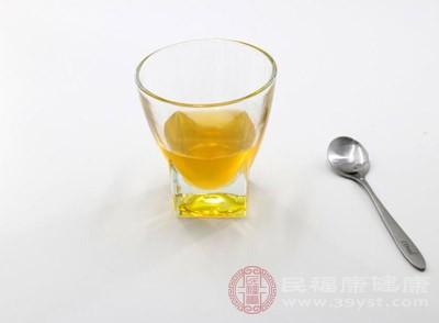 蜂蜜发酵了还能吃吗 蜂蜜有这些作用
