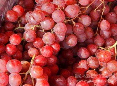 女生吃葡萄有什么好处 孕妇吃葡萄要注意什么