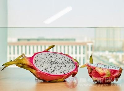 火龙果怎么吃 食用火龙果注意这些事项