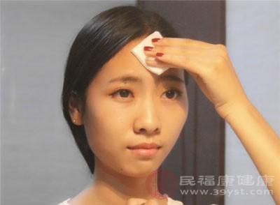 冬季皮肤干燥怎么办 皮肤干燥快试试这些方法