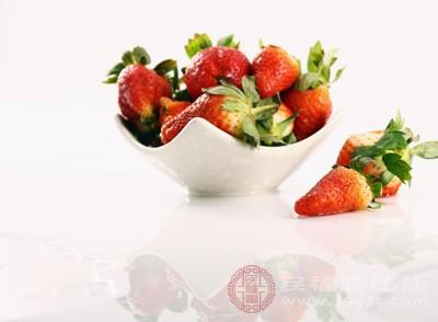 草莓性凉味甘