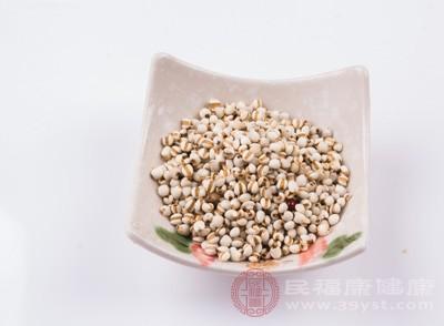 薏米因含有多种维生素和矿物质,有促进新陈代谢和削减胃肠包袱的感化