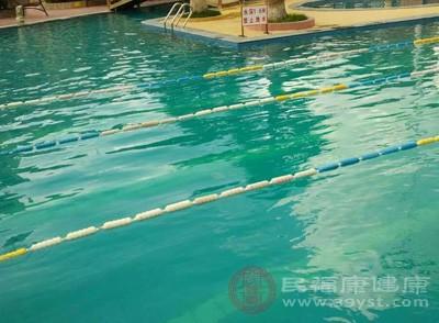 游泳的好处 婴儿游泳竟有这种好处