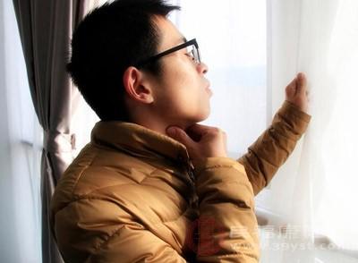扁桃体发炎的症状 有这些症状警惕扁桃体发炎