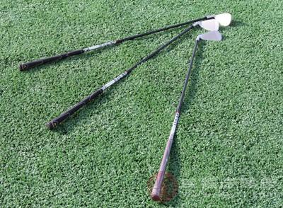 高爾夫球桿的材質 看看你適合用哪種球桿