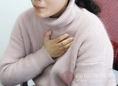 有些患者会有恶心,呕吐,腹部不适的症状