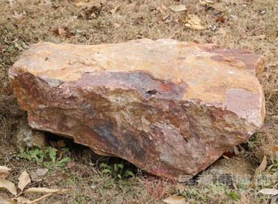 家居摆放禁忌,奇形怪状的石头,尽量不要往家里放