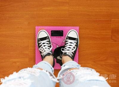 上班族发胖的原因 拒绝肥胖这8种食物不要吃