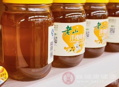 喝蜂蜜水有什么好处 蜂蜜水什么时候喝效果好