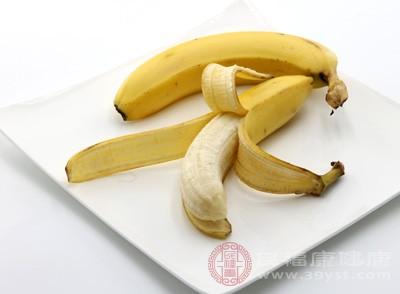 香蕉250克,大米50克,水适量