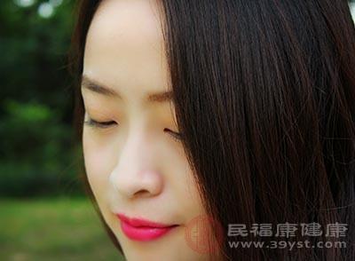 女人缺铁的症状有哪些 3招补充铁元素