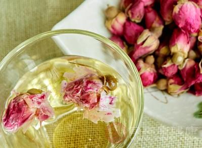 玫瑰花茶是具有收敛作用的