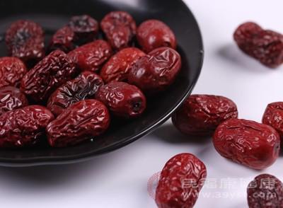 红枣的功效 红枣吃多会有这些影响