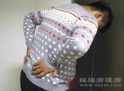 腰椎间盘突出与脱出有哪些区别 哪个更严重