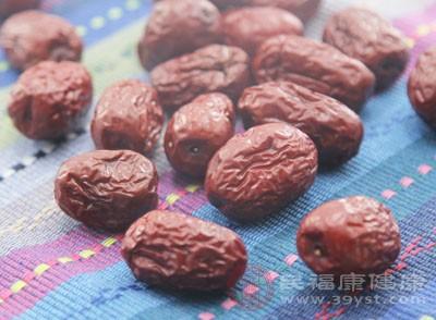 什么人不能吃红枣 体质燥热的人不要吃它