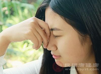乳腺增生的原因 脾气暴躁小心造成这个后果