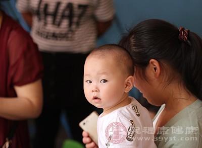 轮状病毒感染:婴儿秋季腹泻主要由于轮