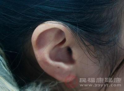 打耳洞注意事项 耳洞发炎这样处理