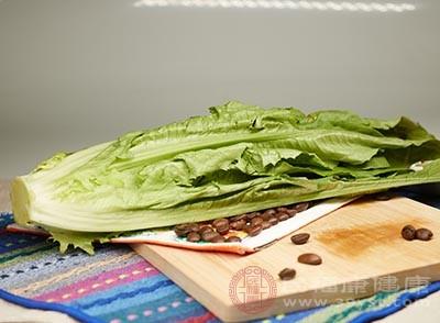 多吃蔬菜、水果和海藻类