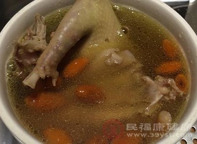 鸽子汤的做法 原来鸽子汤的好处那么多