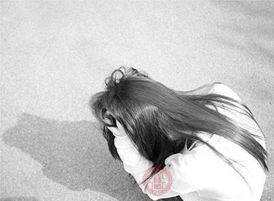 抑郁症症状 无法控制情绪考虑是不是这个疾病
