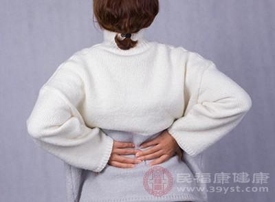 腰肌劳损的原因 长期的坐着小心这个后果