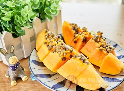 木瓜中含有丰富的维生素C