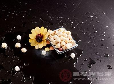 莲子的功效与作用 想要清心去热就吃它