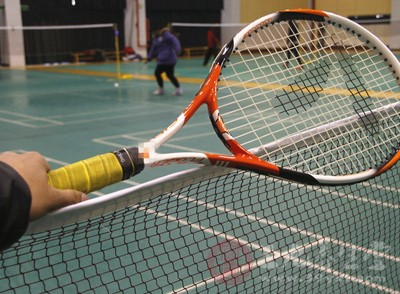 网球初学者动作要领 练网球讲究的不止是平衡