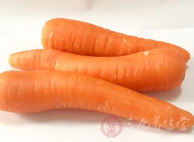 胡萝卜含有糖类、维生素A、维生素B、胡萝卜素、花青素、钙等物质