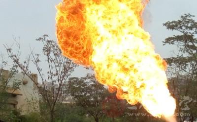 也有将热液、蒸汽所致之热力损伤称为烫伤,火焰、电流等引起者称为烧伤