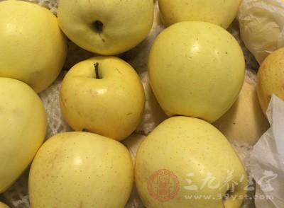 梨有助于肾脏排泄尿酸和预防痛风、风湿病和关节炎