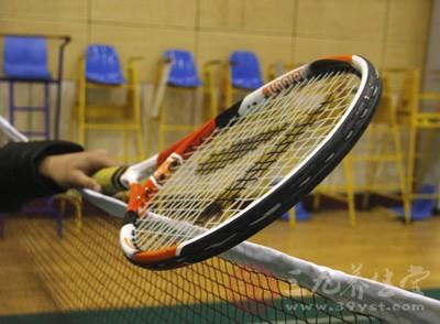 春季如何打网球健身 网球健身必知的常识