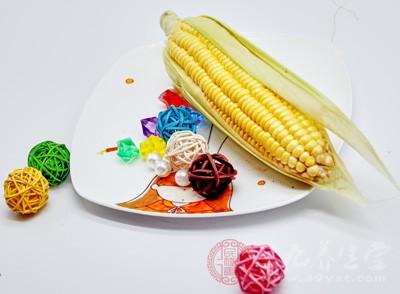 鲜玉米中含有大量的哪种天然维生素